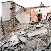 تلاش برای بازسازی واحدهای زلزله زده تا قبل از فصل سرما