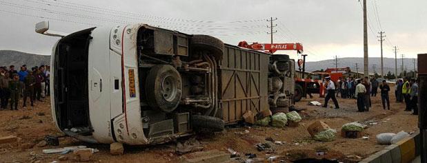 مرگ های اتوبوسی/وجود ۳هزار و ۴۰۰ نقطه حادثه خيز در جادههاي کشور