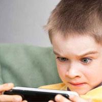 تلفن همراه و رایانه برای کودکان قبل از دوره پیش دبستانی ممنوع