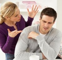 چرا زن و شوهرها به هم خیانت مالی میکنند؟
