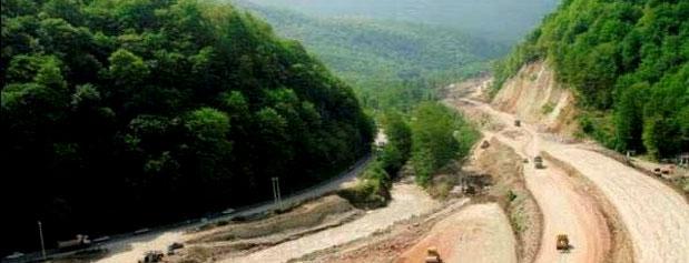 واگذاری35 میلیون مترمربع از زمینهای آزادراه تهران- شمال به بنیاد مستضعفان