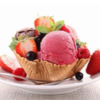 بستنی سنتی بخوریم یا کارخانهای؟