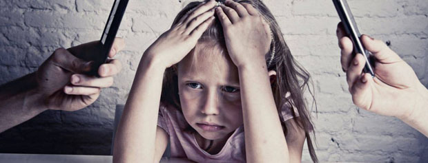 هشدار نسبت به بهره کشی برخی والدین از کودکان در فضای مجازی