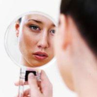 7 درمان طبیعی برای نقاط تیره روی پوست