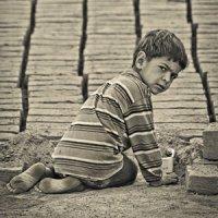 کودکان کار در سرزمین شادی