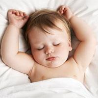 نکات طلایی برای تنظیم خواب کودک/ چرا کودک نوپا نمیخوابد؟