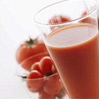 تاثیر آب گوجه فرنگی بر بیماری های قلبی عروقی چیست؟