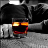 کور شدن یک نفر به دلیل مصرف مشروبات الکلی در شیراز