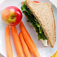 برنامه ریزی غذایی برای دانش آموزان