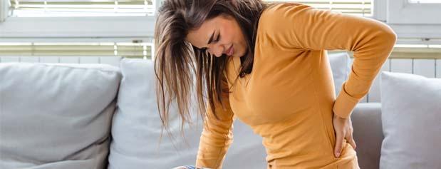 """کاهش درد کمر با 9 تمرین خیلی ساده برای """"پا"""""""