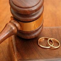 درخواست طلاق به خاطر افشای یک دوستی قدیمی
