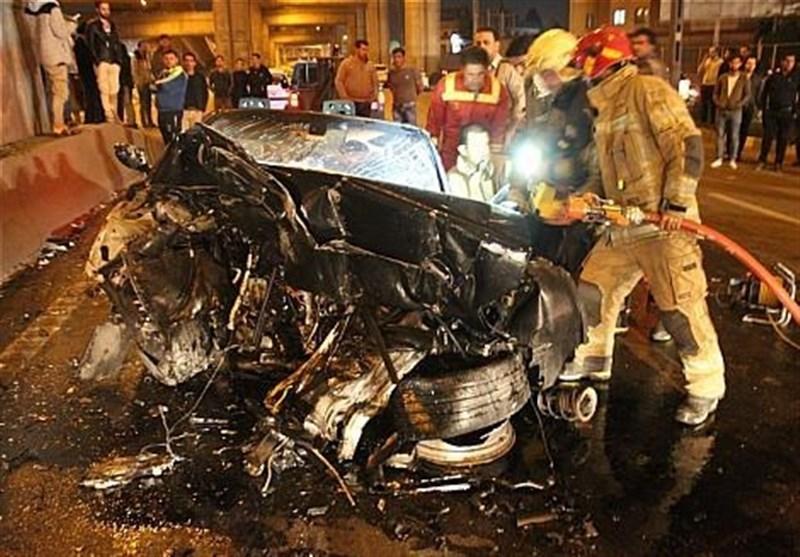 up 0e661ae420787439e0e05ed58937e215 عکس/متلاشی شدن BMW پس از تصادف با ستونهای پل صدر   حوادث سلامت
