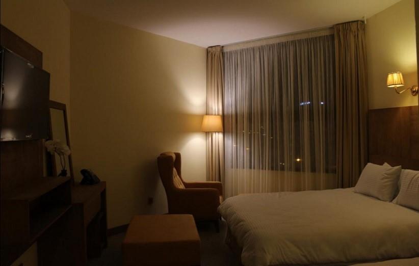 اتاق های هتل رویان قائم کیش