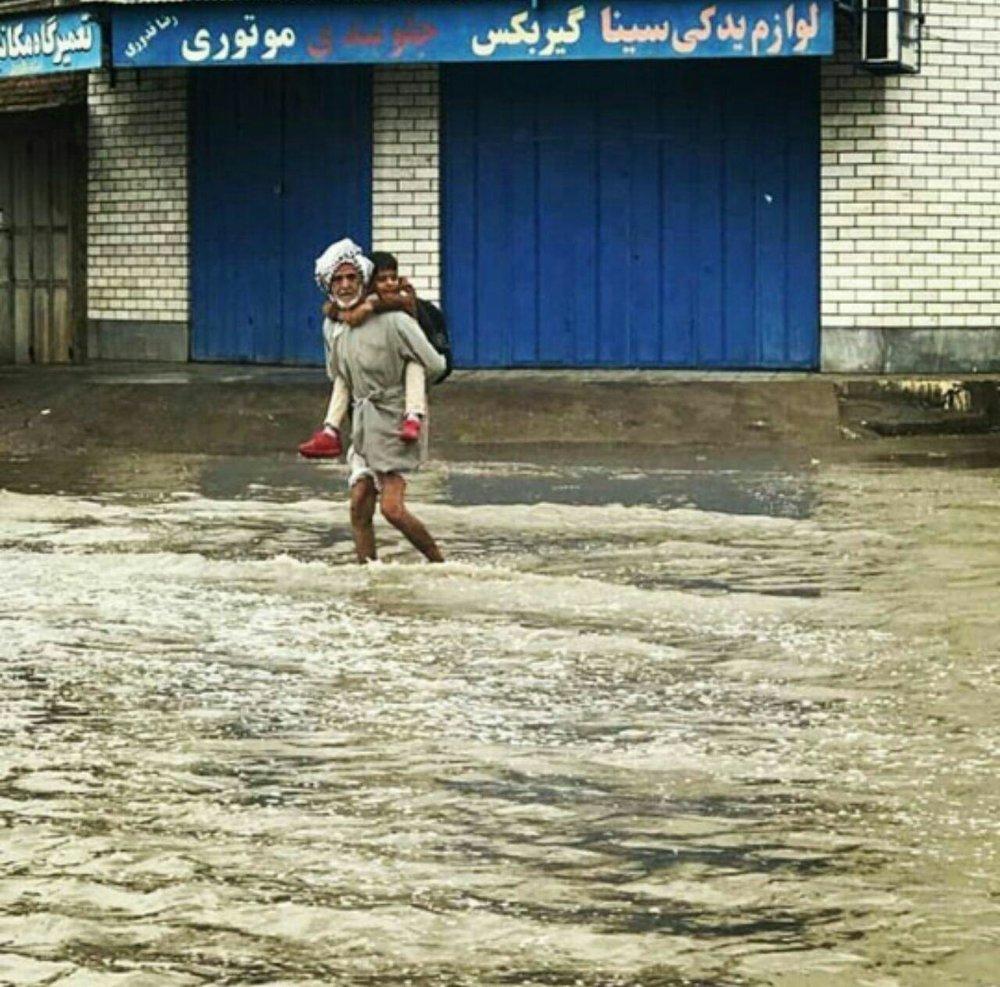 up 90c25470954d6d05bd2b7e57f41fe503 عکس/ خوزستان را آب برد!   بلایای طبیعی   محیط زیست سلامت